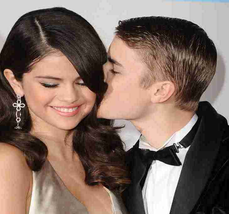 manfaat ciuman bibir yourdevan.com